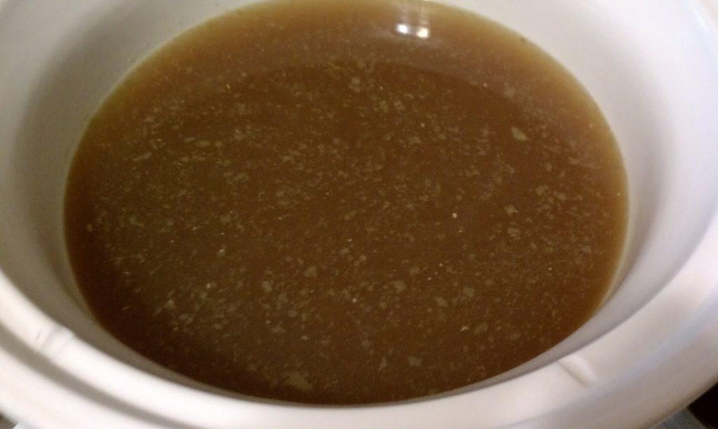 Easy Crock Pot Bone Broth-Skimmed