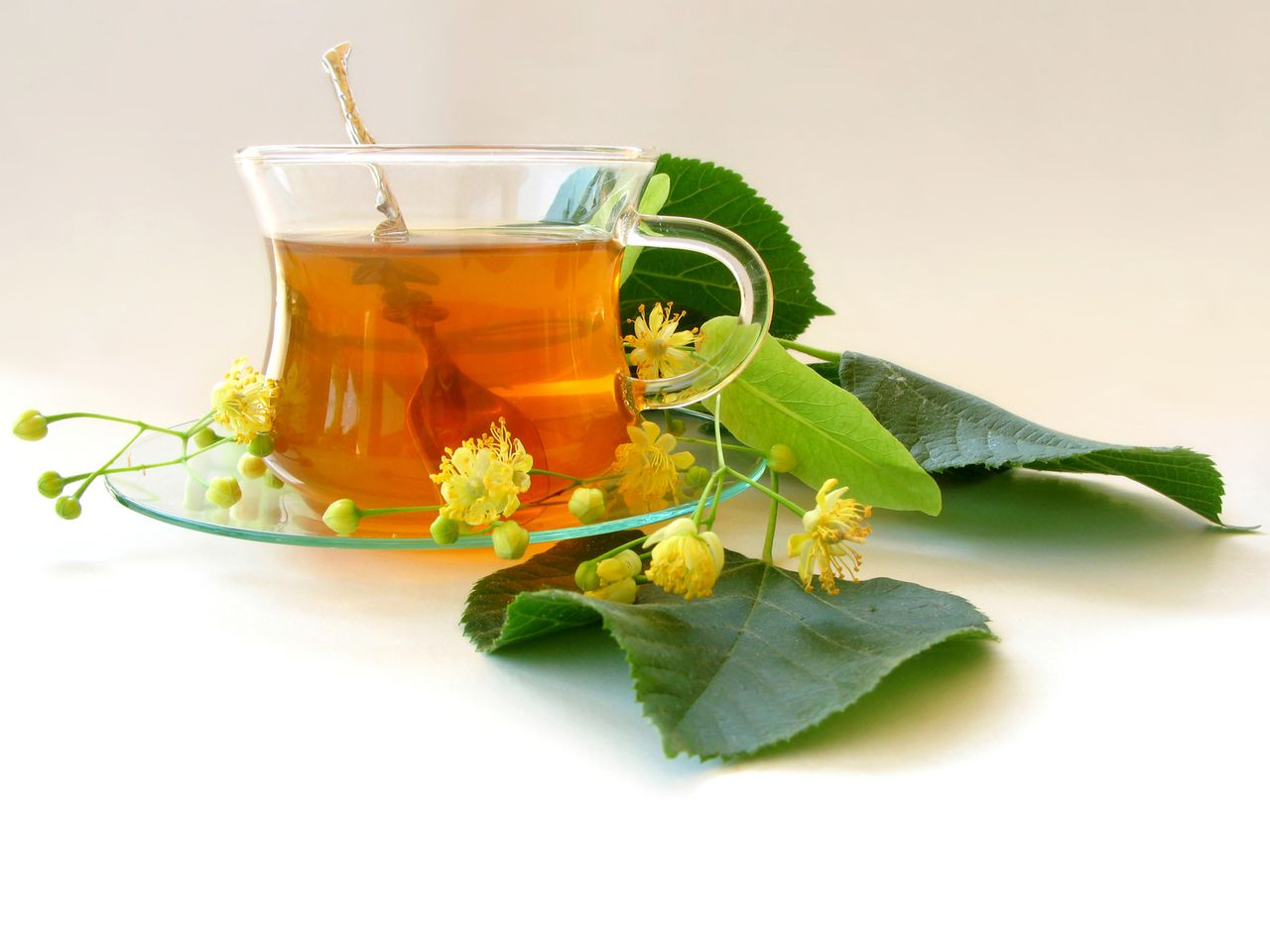 Beat a Cold or Flu Fast-Herbal Tea