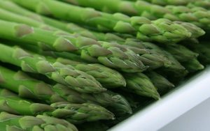 How to get Rid of Stomach Bloat-Asparagus